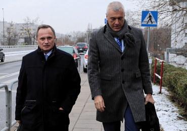 Leszek Czarnecki w prokuraturze, przesłuchanie w związku z aferą KNF