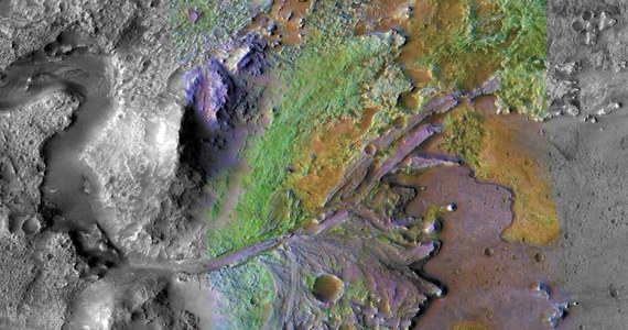 Na tydzień przed lądowaniem na Marsie sondy InSight NASA ogłosiła miejsce lądowania kolejnej misji na Czerwoną Planetę. Łazik, którego start zaplanowano na 2020 rok zostanie skierowany w rejon delty w kraterze Jezero, gdzie zdaniem kierownictwa misji, będzie w stanie w najlepszy sposób zrealizować swoje zadania, w tym poszukiwanie śladów ewentualnego, dawnego życia. Proces wyboru lądowiska trwał pięć lat, w tym czasie przeanalizowano ponad 60 możliwych miejsc. Start sondy planowany jest w lipcu 2020 roku, lądowanie w lutym 2021 roku.