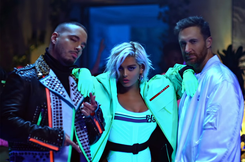 """Bebe Rexha i J Balvin to goście nowego teledysku Davida Guetty do singla """"Say My Name"""". Numer promuje płytę francuskiego producenta """"7""""."""