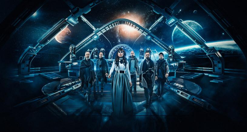 """- Nas fascynują i jednocześnie przerażają czasy, w których żyjemy - mówi w rozmowie z Interią Sharon den Adel, wokalistka holenderskiej grupy Within Temptation. Zapowiadana już przez nas premiera płyty """"Resist"""" właśnie została przełożona na 1 lutego 2019 r."""