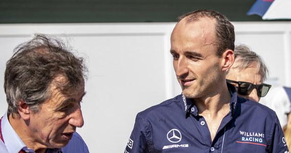 25 okrążeń toru Yas Marina pokonał Robert Kubica podczas pierwszej sesji treningowej w Abu Zabi. To ostatni w tym roku weekend z F1. Zgodnie z przewidywaniami, Polak nie znalazł się wysoko w klasyfikacji treningu: uzyskał najsłabszy czas. To jednak bez znaczenia: ekipy skupiają się już na przygotowaniach do sezonu 2019. A w nim Kubica będzie pojawiać się na torze regularnie!