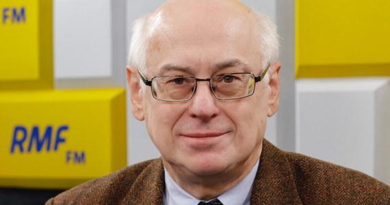 """""""Oczywiście będziemy się oburzać, negocjować, będą naciski dyplomatyczne"""" - takie reakcje przewiduje w sprawie zaostrzającego się konfliktu Rosji z Ukrainą prof. Zdzisław Krasnodębski z Prawa i Sprawiedliwości. """"Paradoksalnie to może być korzystne dla Ukrainy, bo tam się toczy zapomniana wojna"""" - mówi w Porannej rozmowie w RMF FM wiceszef Parlamentu Europejskiego. """"Ta data, to że wczoraj zaostrzył się konflikt, nieprzypadkowo się zbiegła z kwestią Brexitu"""" - dodaje gość Roberta Mazurka."""