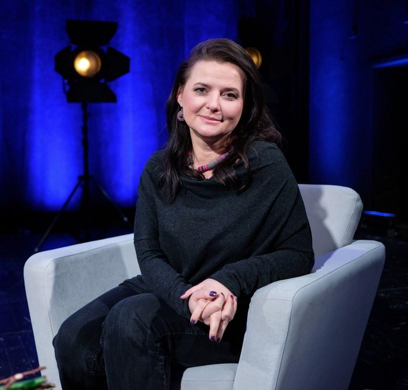 Nieczęsto zdarza się, by znana aktorka pracowała również jako... agentka kolegów po fachu. Jowita Budnik przez lata spełniała się jednak po obu stronach barykady. Z okazji 45. urodzin przypominamy najważniejsze ekranowe wcielenia gwiazdy.