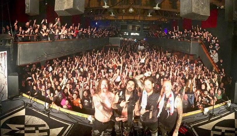 """""""To koniec pewnej ery"""" - Machine Head zagrali po raz ostatni z gitarzystą Philem Demmelem i perkusistą Dave'em McClainem."""
