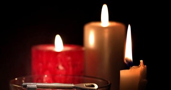 W kalendarzu 30 listopada, a to oznacza, że imieniny obchodzą dzisiaj Andrzeje! Ich święto to również święto dobrej zabawy, którą tradycyjnie łączymy z andrzejkowymi wróżbami. U progu weekendu mamy dla Was podpowiedzi, z jakich wróżb warto skorzystać!