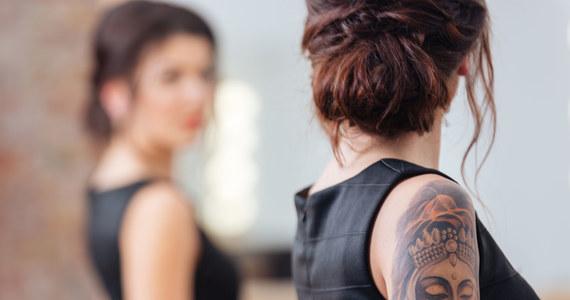 Koniec z kolorowymi tatuażami w Europie?