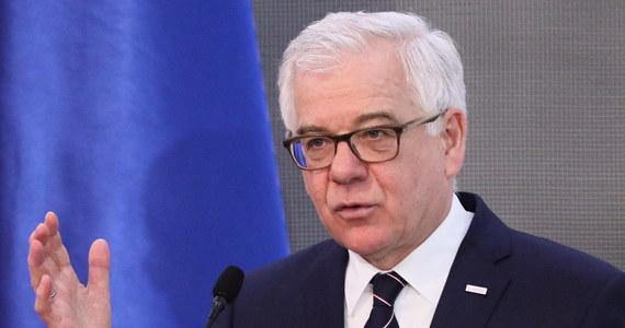"""""""Rozmawialiśmy o dalszych możliwościach sankcji wobec Rosji, bowiem Ukraina oczekuje od społeczności międzynarodowej jeszcze bardziej zdecydowanych działań"""" - powiedział szef MSZ Jacek Czaputowicz po piątkowym spotkaniu z premierem Ukrainy."""