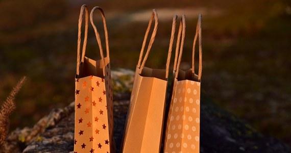 W najbliższą niedzielę, czyli jutro, sklepy otwarte. Z kolei w kolejną, 9 grudnia będzie obowiązywał zakaz handlu.