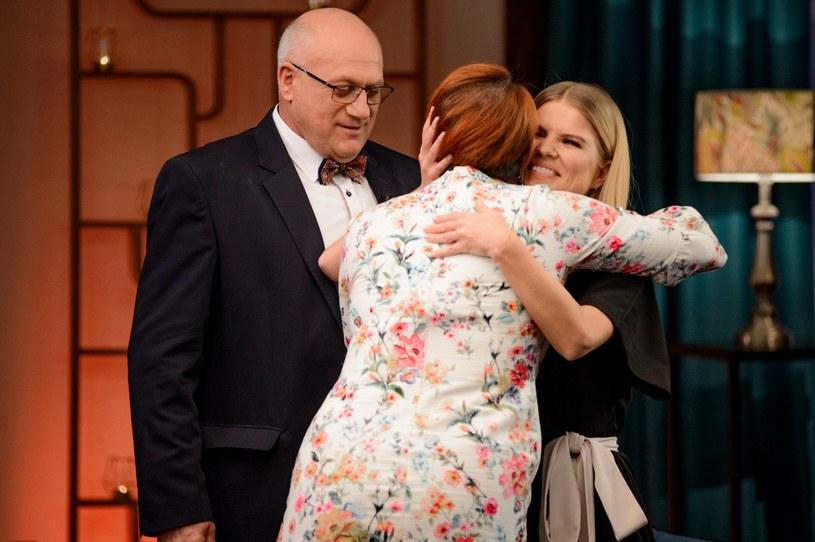 """Piąty sezon programu """"Rolnik szuka żony"""" zakończył się dość zaskakująco. W finale prowadząca Marta Manowska spotkała się z bohaterami produkcji TVP w Kazimierzu Dolnym. Co tam się działo, widzowie zobaczyli 2 grudnia w TVP1."""