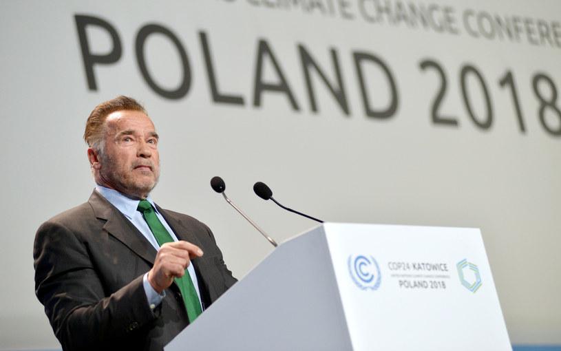 Zmiany klimatyczne to problem dnia dzisiejszego, a nie przyszłości, cały świat powinien zacząć działać teraz - przekonywał w poniedziałek, 3 grudnia, na szczycie COP24 Arnold Schwarzenegger. Gwiazdor, były gubernator Kalifornii, namawiał do naśladowania działań tego stanu.