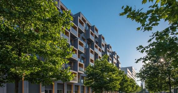 Wola to jedna z najszybciej rozwijających się warszawskich dzielnic. To łakomy kąsek zarówno dla mieszkańców, jak i potencjalnych inwestorów. Czy jej przyszłość rysuje się wyłącznie w różowych barwach?