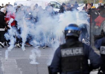 Burza we Francji: Służby w ogniu krytyki za działania wobec protestujących uczniów. Rząd ich broni