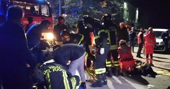 Co najmniej 6 osób poniosło śmierć a kilkadziesiąt zostało rannych w nocy z piątku na sobotę w rezultacie wybuchu paniki podczas koncertu w dyskotece we włoskiej miejscowości Corinaldo, w pobliżu Ankony (środkowe Włochy) - poinformowali strażacy.