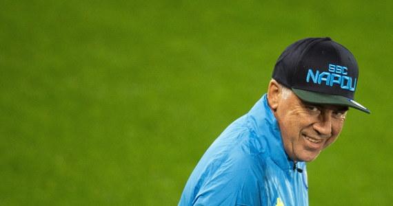 """Przed nami decydujące rozstrzygnięcia w fazie grupowej Ligi Mistrzów. Jednym z najciekawiej zapowiadających się spotkań jest mecz Liverpoolu i Napoli. Obie drużyny mają szansę na awans do 1/8 rozgrywek. Trenerzy Liverpoolu i Napoli wierzą, że ich zawodnicy zagrają w kolejnej fazie rozgrywek. """"Upiekliśmy już tort, teraz czas dodać wisienkę"""" – mówił na konferencji przed wtorkowym spotkaniem Carlo Ancelotti, trener Napoli."""
