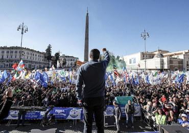 """KE ostrzega Włochów. """"Czasu jest niewiele"""""""