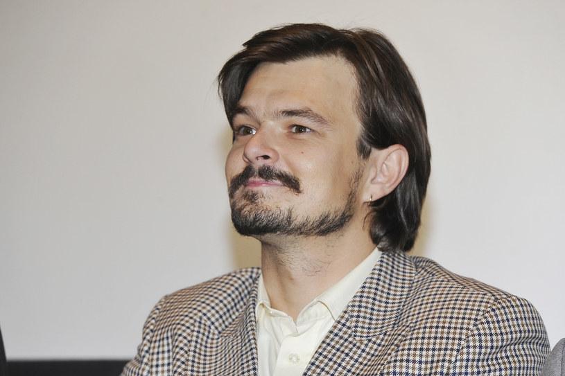 Dawid Ogrodnik znalazł się na liście 10 aktorów, którzy otrzymali tytuł europejskiej wschodzącej gwiazdy - Shooting Star 2019. Uroczysta prezentacja Polaka i pozostałych uhonorowanych artystów odbędzie się w lutym podczas 69. festiwalu filmowego w Berlinie.