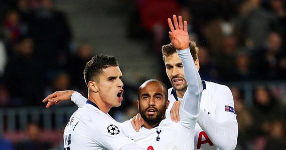 Tottenham Hotspur, Paris Saint-Germain i Liverpool to kolejne trzy zespoły, które zapewniły sobie awans do 1/8 finału piłkarskiej Ligi Mistrzów. Ostatniego uczestnika tej fazy wyłoni środowe spotkanie Szachtara Donieck z Olympique Lyon w grupie F.