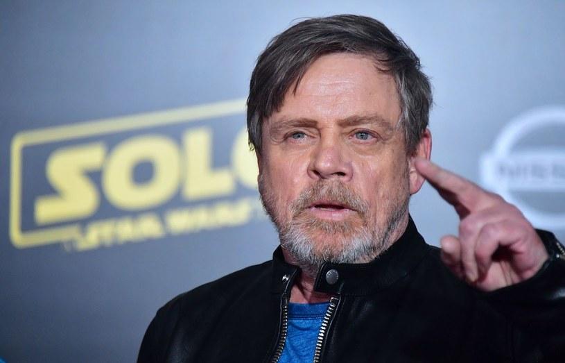 """Disney za wszelką cenę stara się uniknąć przecieków ze scenariusza IX epizodu """"Gwiezdnych wojen"""". O środkach nadzwyczajnych zapobiegawczych, podjętych przez wytwórnię, wypowiedział się Mark Hamill."""