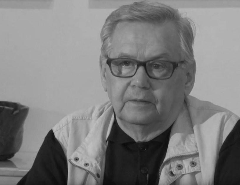 Znany węgierski reżyser filmowy Ferenc Kosa, laureat nagrody w Cannes za reżyserię zmarł w wieku 81 lat - poinformowała Węgierska Akademia Sztuki, której był członkiem.