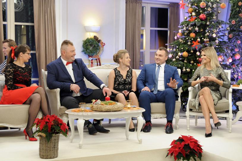 """W Boże Narodzenie, 25 grudnia, TVP1 wyemituje specjalny odcinek programu """"Rolnik szuka żony"""". Kogo zobaczymy przy świątecznym stole? Kto się nie pojawił? Będą niespodzianki!"""