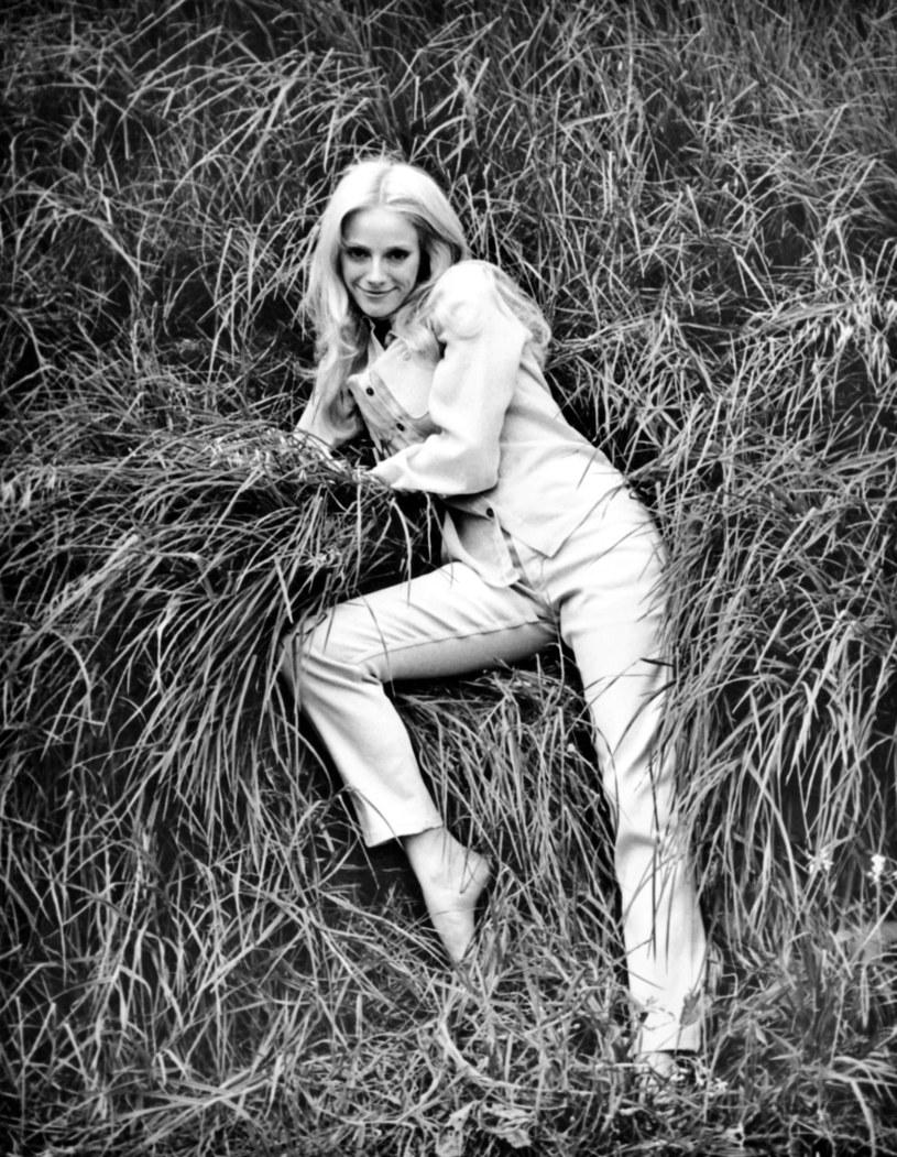 Nie żyje aktorka i reżyserka Sondra Locke. Była partnerka Clinta Eastwooda zmarła 3 listopada, ale informacja o jej śmierci została podana do publicznej wiadomości dopiero w połowie grudnia. Miała 74 lata.