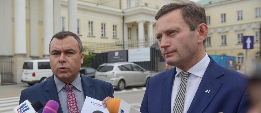 Sławomir Potapowicz (Nowoczesna) został wybrany przez Sejm nowym członkiem komisji weryfikacyjnej. Zastąpił na tym stanowisku wiceprezydenta stolicy Pawła Rabieja.