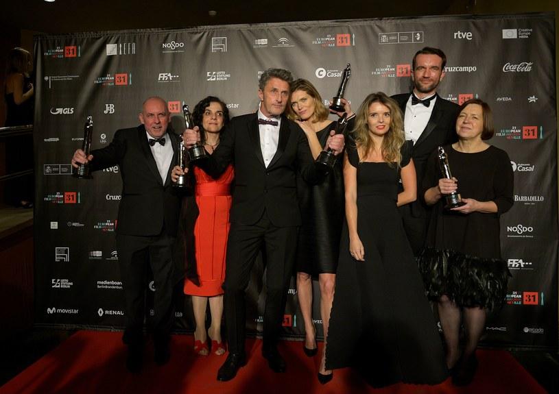 Jesteśmy dumni, że polska kinematografia od lat święci triumfy i produkuje coraz lepsze filmy - powiedział prezes Stowarzyszenia Filmowców Polskich (SFP) Jacek Bromski, komentując sukces Polaków na gali Europejskich Nagród Filmowych.