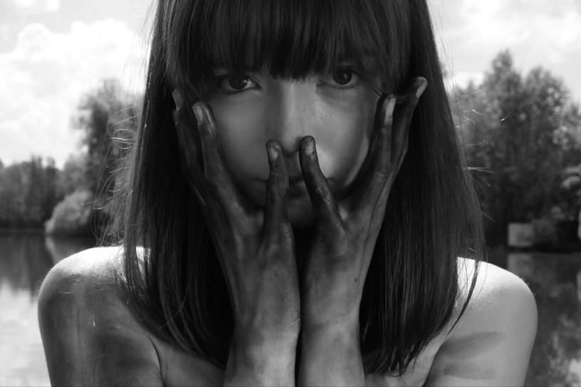 """Na zakończonym w niedzielę, 16 grudnia, festiwalu filmowym w rosyjskim Soczi Maja Szopa otrzymała nagrodę dla najlepszej aktorki. 21-letnia Polka wcieliła się w główną rolę w filmie """"Strangers of Patience""""."""