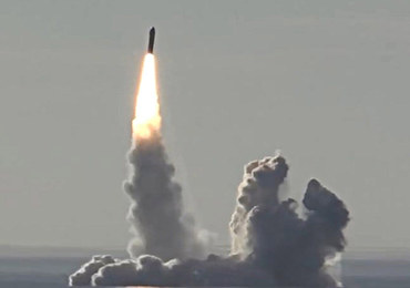 Rosja zapowiedziała testy rakiety do przenoszenia głowic nuklearnych