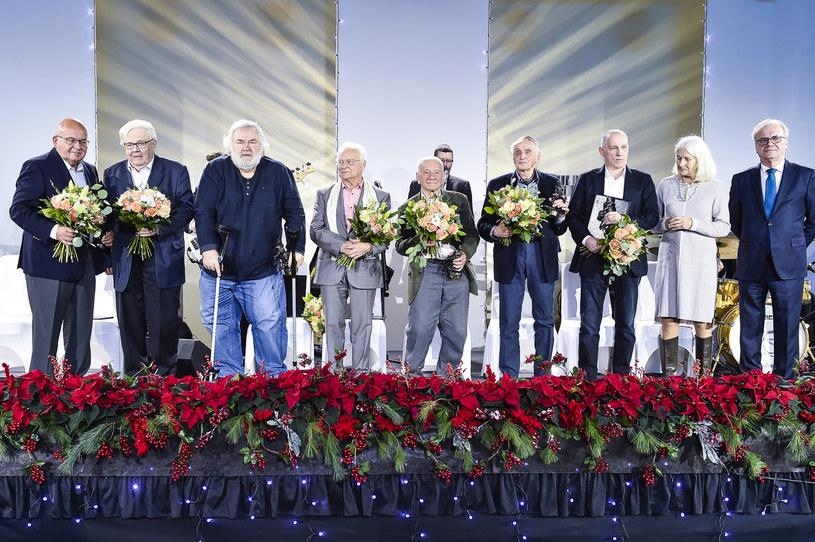 Wieloletni dyrektor Związku Autorów i Producentów Audiowizualnych Ryszard Kirejczyk, dokumentalista Paweł Kędzierski, scenarzysta Andrzej Mularczyk i operator Jerzy Wójcik znaleźli się wśród tegorocznych laureatów Nagród Stowarzyszenia Filmowców Polskich. Wyróżnienia wręczono we wtorek, 18 grudnia, w Warszawie.