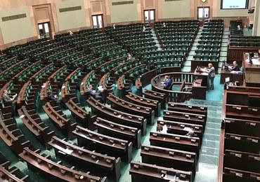 Możliwe posiedzenie Sejmu 28 grudnia. Posłowie PiS dostali SMS-a