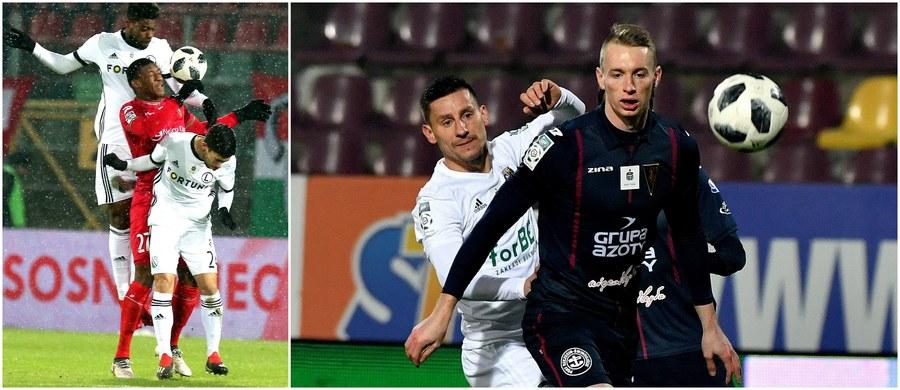 Legia Warszawa pokonała na wyjeździe Zagłębie Sosnowiec 3:2 - choć po samobójczym trafieniu Carlitosa z 49. minuty przegrywała 1:2 - i przynajmniej do soboty objęła prowadzenie w tabeli Ekstraklasy. W drugim czwartkowym meczu 20. kolejki Pogoń Szczecin wygrała u siebie ze Śląskiem Wrocław 2:1.