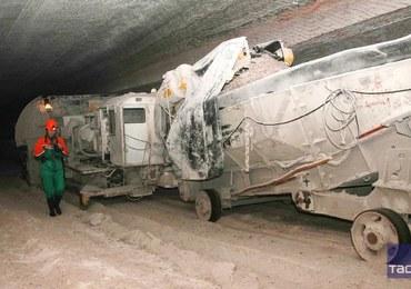 Rosja: Górnicy uwięzieni po wybuchu pożaru w kopalni