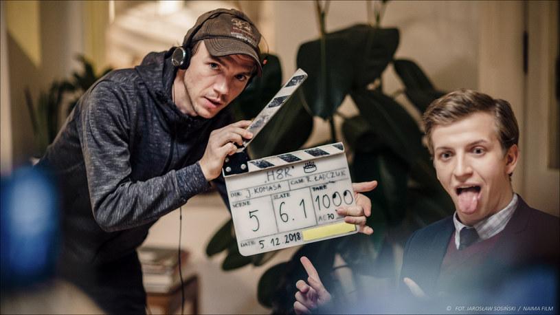 """Zakończono zdjęcia do sequela """"Sali samobójców"""". Za kamerą ponownie stanął Jan Komasa. Premiera filmu """"Sala samobójców. Hejter"""" jest planowana na zimę 2019 roku."""