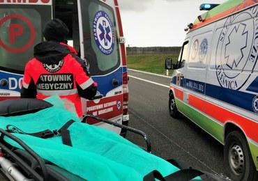 Tragiczny wypadek w Książu Wielkim. Dwie osoby nie żyją, trzy ranne