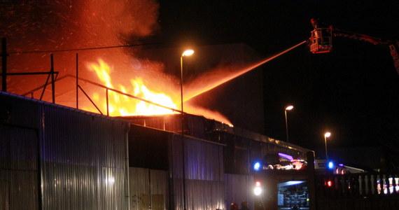 Pożar zakładu przemysłowego przy ulicy Lnianej w Koszalinie. Informację dostaliśmy na Gorącą Linię RMF FM.
