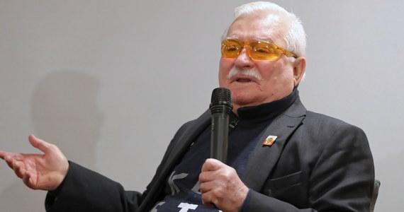 Lech Wałęsa nazwał Władimira Putina mądrym człowiekiem. Nie widzę nic bulwersującego, ani nawet zadziwiającego w tym określeniu. Oczywiście prezydent Federacji Rosyjskiej byłby jeszcze mądrzejszy, gdyby skorzystał z dobrych rad byłego prezydenta Rzeczypospolitej Polskiej i spotkał się z nim osobiście, aby ich z uwagą wysłuchać.