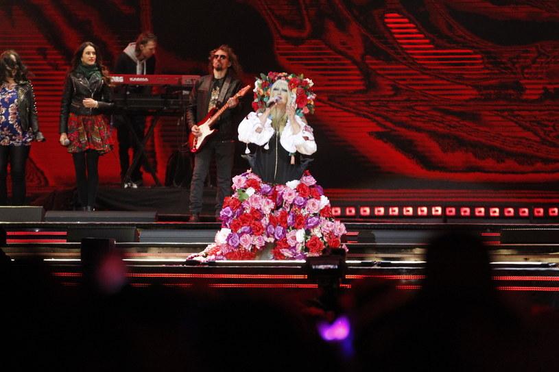 Maryla Rodowicz, Michał Szpak, Sławomir oraz Boney M byli największymi gwiazdami tegorocznej imprezy sylwestrowej Polsatu. Kto jeszcze pojawił się na scenie?