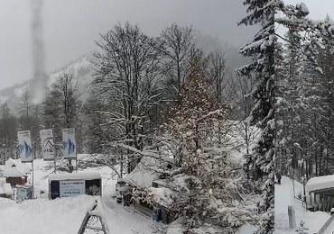 Ile śniegu przybyło na Kasprowym w ciągu doby? Te zdjęcia mówią same za siebie