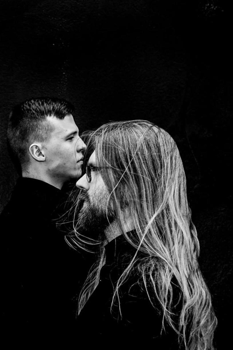"""W połowie lutego światło dzienne ujrzy """"Heart Of Lead"""", debiutancki album islandzkiego projektu Kaleikr."""