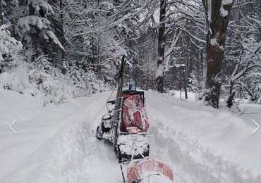 Ratownicy GOPR odnaleźli w nocy dwóch skiturowców w Beskidach