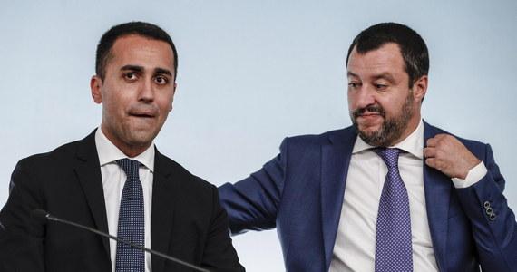 """Szef włoskiego MSW, wicepremier Matteo Salvini i lider Ruchu Pięciu Gwiazd, wicepremier Luigi Di Maio wyrazili poparcie dla ruchu """"żółtych kamizelek"""" we Francji. Salvini zastrzegł jednak, że jest przeciwny wszelkiej przemocy."""