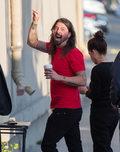 Foo Fighters: Dave Grohl znów spadł ze sceny