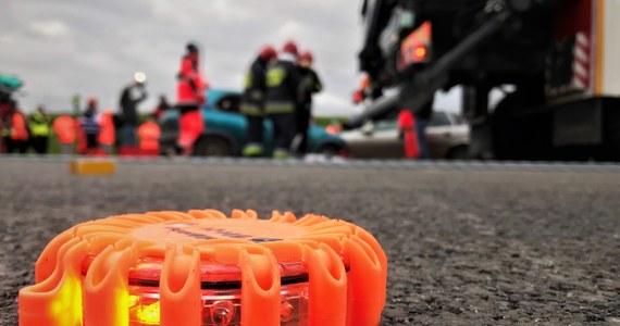 Trzy osoby zostały ranne w wypadku w miejscowości Słutowo. Zderzyły się tam dwa samochody osobowe.