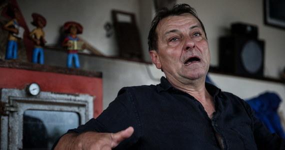Do Rzymu przewieziony został w poniedziałek 64-letni były włoski lewacki terrorysta Cesare Battisti, skazany na podwójne dożywocie za zabójstwo czterech osób w latach 70. Prawie 40 lat ukrywał się w Meksyku, we Francji i w Brazylii. Zatrzymany został w Boliwii.