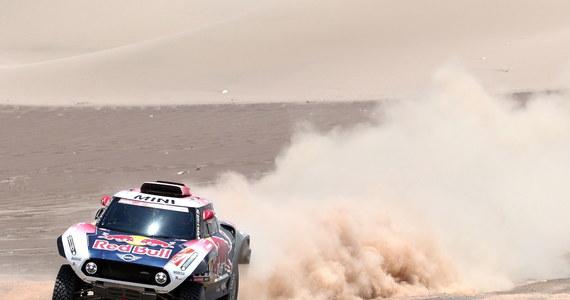 Kierowca Orlen Teamu Jakub Przygoński (Mini) zajął siódme miejsce na poniedziałkowym, siódmym etapie Rajdu Dakar. Wygrał Francuz Stephane Peterhansel (Mini).