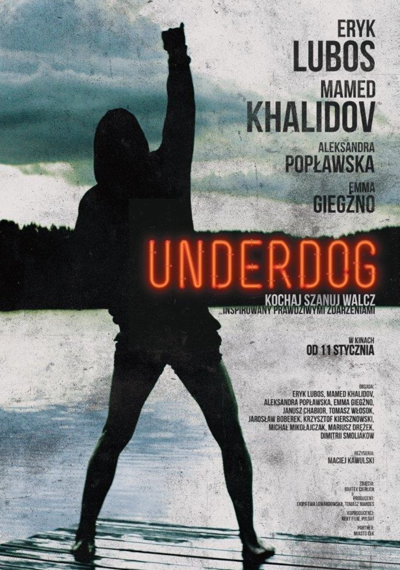 """W miniony weekend """"Underdoga"""" obejrzało w kinach w całej Polsce ponad 285 tys. widzów! Pierwszy polski film o MMA zbiera znakomite opinie recenzentów i widzów, nic więc dziwnego, że przyciągnął do kin tłumy. Jest to zresztą najlepsze otwarcie filmu o tematyce sportowej w Polsce."""