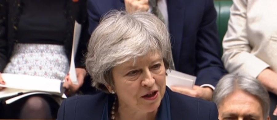 Izba Gmin nie poparła proponowanej przez rząd umowy wyjścia Wielkiej Brytanii z Unii Europejskiej. Przeciwko propozycji zagłosowało 432 posłów przy zaledwie 202 głosach poparcia. To najwyższa porażka urzędującego premiera w historii brytyjskiego parlamentaryzmu.
