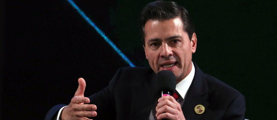 """W 2012 roku ówczesny prezydent Meksyku Enrique Pena Nieto przyjął łapówkę w wysokości 100 mln dolarów od meksykańskiego barona narkotykowego Joaquina """"El Chapo"""" Guzmana - zeznał we wtorek jeden ze świadków podczas procesu """"El Chapo"""" w Nowym Jorku."""