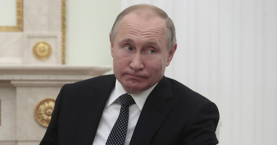 Serbskie służby zatrzymały 21-letniego mężczyznę podejrzanego o przygotowywanie ataku terrorystycznego podczas zbliżającej się wizyty prezydenta Rosji Władimira Putina w Belgradzie. U dżihadysty znaleziono m.in. flagę Państwa Islamskiego.
